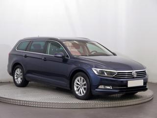Volkswagen Passat 2.0 TDI 110kW kombi nafta