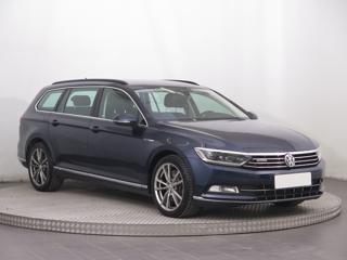 Volkswagen Passat 2.0 BiTDI 176kW kombi nafta