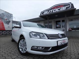 Volkswagen Passat 1,4 TSI DSG CNG,Bi-Xenon,Digi Klima,serviska  Comfortline kombi CNG + benzin