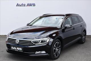 Volkswagen Passat 2,0 TDi  DSG Virtual Navi LED Assist kombi nafta