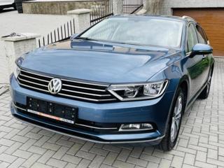 Volkswagen Passat 2.0 TDi Highline kombi nafta