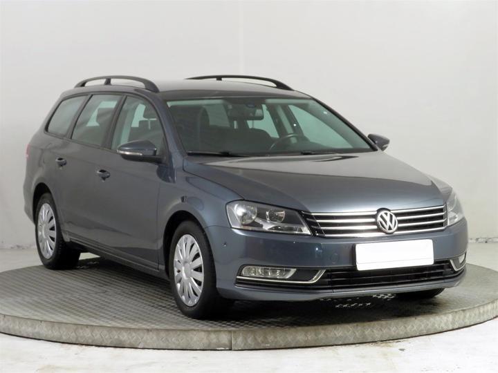 Volkswagen Passat 1.6 TDI 77kW kombi nafta