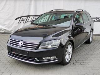 Volkswagen Passat 2,0 TDi DSG HIGHLINE *NAVI*VYHŘ.SEDAČKY* kombi nafta