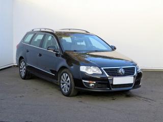 Volkswagen Passat 1.8 TSI 118kW kombi benzin
