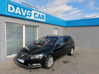 Volkswagen Passat 1,6 TDI Comfortline Navi 1.Maj kombi nafta