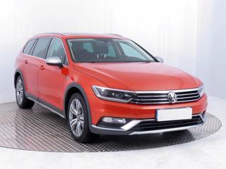 Volkswagen Passat 2.0 TDI 140kW kombi nafta