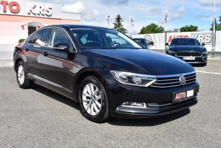 Volkswagen Passat 1,4TSi 150PS Comf,Navi,ACCTemp,.. limuzína