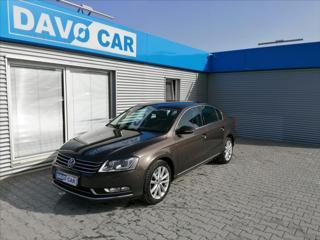 Volkswagen Passat 2,0 TDI CZ 1.Maj. Serv.kn. sedan nafta