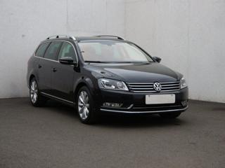 Volkswagen Passat 2.0 TDi, Serv.kniha, ČR sedan nafta