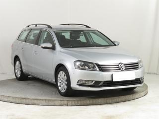 Volkswagen Passat 2.0 TDI 103kW sedan nafta