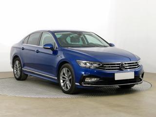 Volkswagen Passat 2.0 TSI 140kW sedan benzin