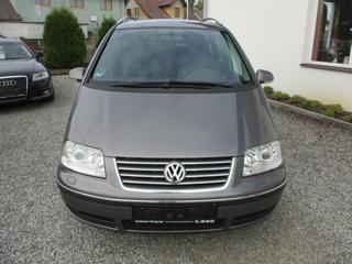 Volkswagen Sharan 2.0 TDi United MPV
