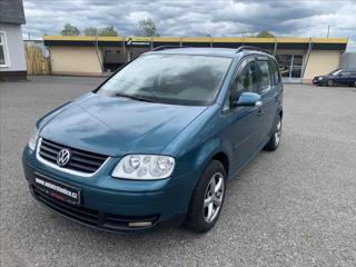 Volkswagen Touran 1,6 FSi, TEMPOMAT, PO SERVISU kombi benzin