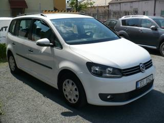 Volkswagen Touran 1.6 TDi kombi nafta