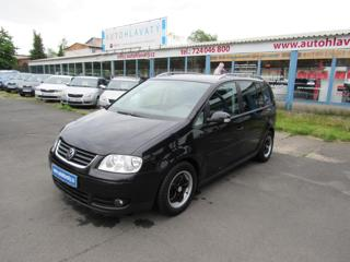 Volkswagen Touran 2,0 TDi 103KW kombi