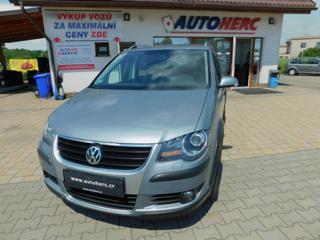 Volkswagen Touran 2.0 TDi Cross kombi