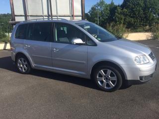 Volkswagen Touran 2.0 TDI  7 míst kombi