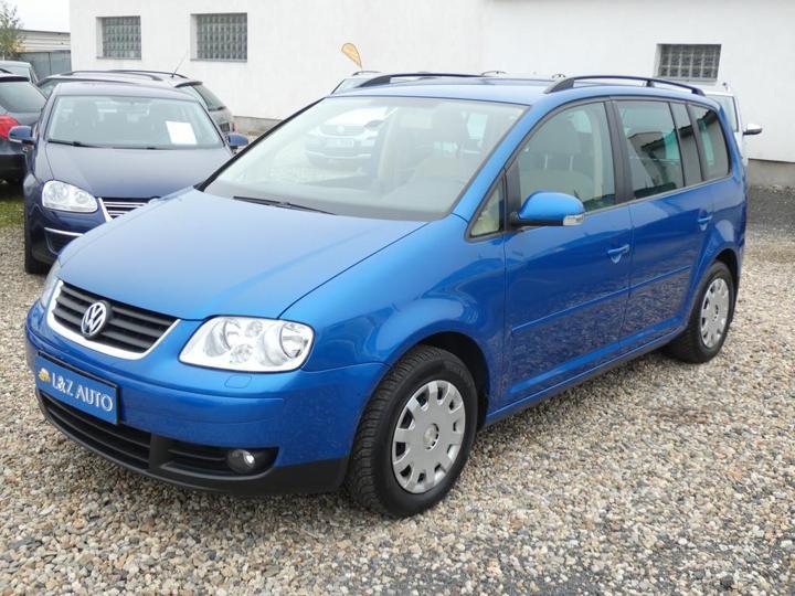 Volkswagen Touran 1,6 FSI MPV benzin