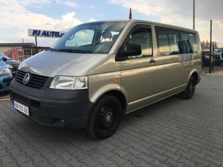 Volkswagen Transporter 2.5 TDi long 4x4 minibus nafta