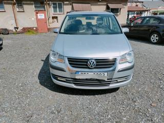 Volkswagen Touran 1.9TDi77KW-TAŽNÉ- MPV