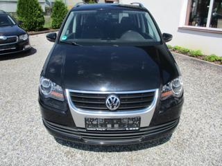 Volkswagen Touran 2.0 TDI Freestyle MPV
