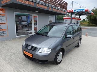 Volkswagen Touran 1.6 i MPV benzin