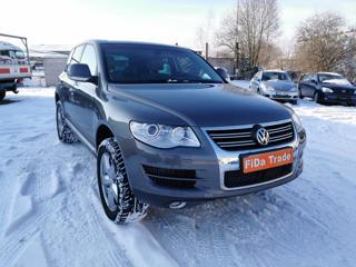 Volkswagen Touareg 3.0TDi 176kW ČR vzduch SUV