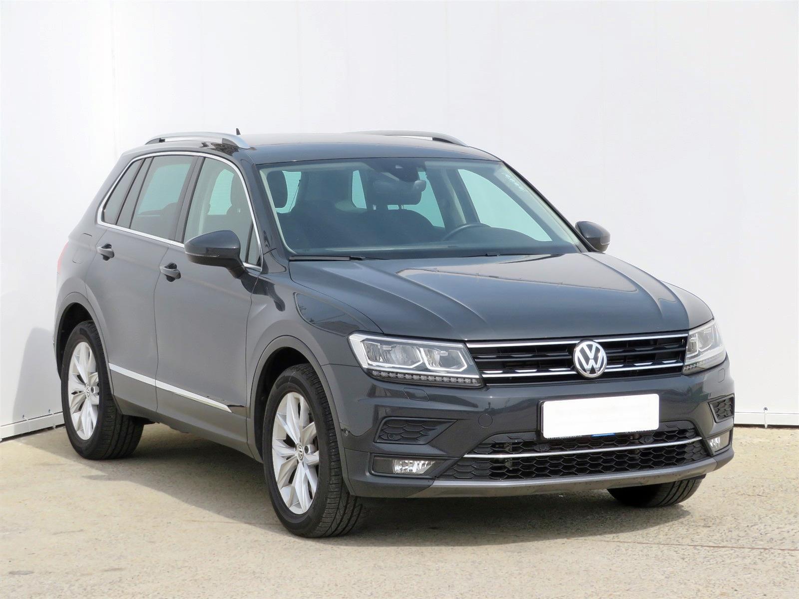 Volkswagen Tiguan 2.0 TSI 132kW SUV benzin