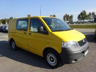 Volkswagen Transporter 1.9TDI, 2x šoupačky,2x kola skříň