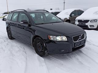 Volvo V50 1.8i-92KW-XENONY-MOMENTUM-KŮŽE- kombi