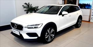 Volvo V60 CROSS COUNTRY AWD D4 PANORAMA kombi nafta