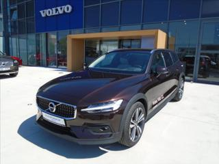 Volvo V60 2,0   B4 AWD Cross Country PRO kombi nafta