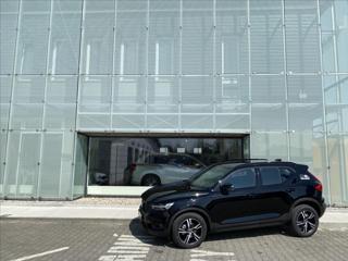Volvo XC40 T3 FWD R-Design SUV benzin