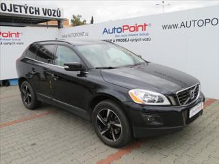Volvo XC60 2,4 D5 AUT AWD SUV nafta