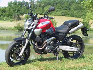 Yamaha nakedbike