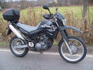 Yamaha enduro silniční - 1