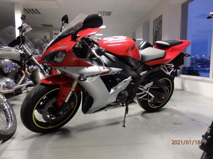 Yamaha silniční sportovní